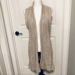 ❤️❤️❤️💼 EUC Cabi Long Sweater 💃🔥❤️🎉